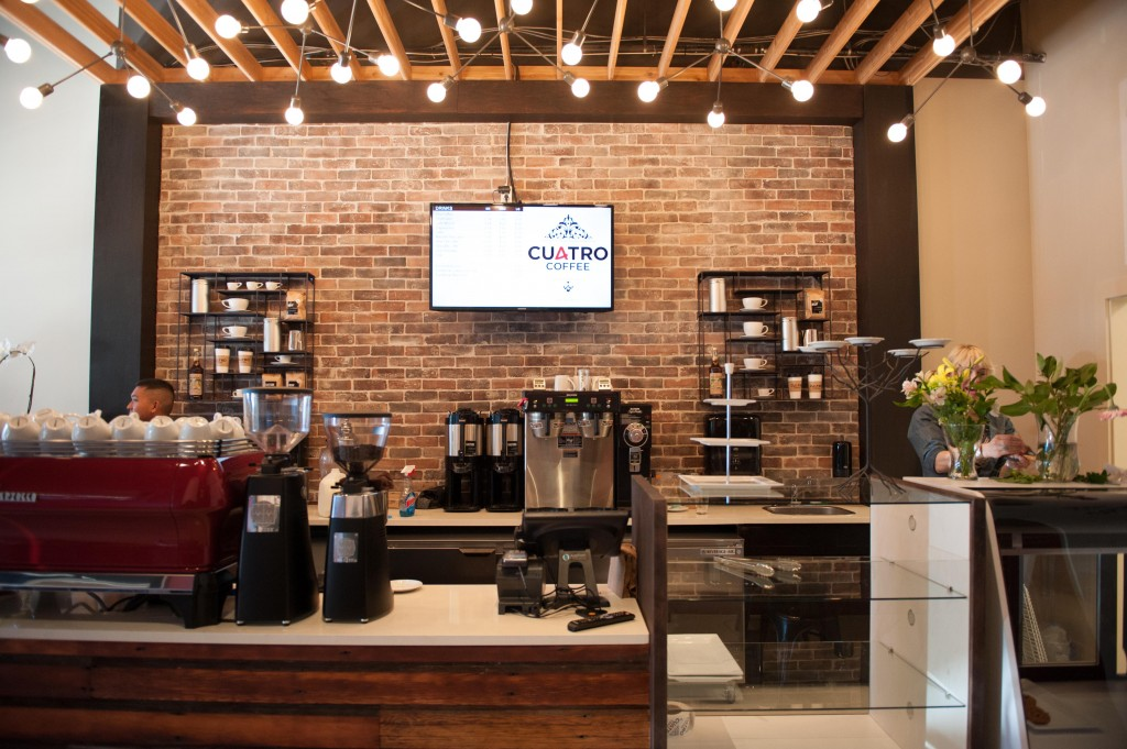 Cuatro Coffee Culture - Meme Brooks Design