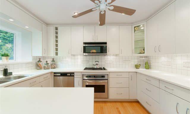 4210-nautilus-close-kitchen 2