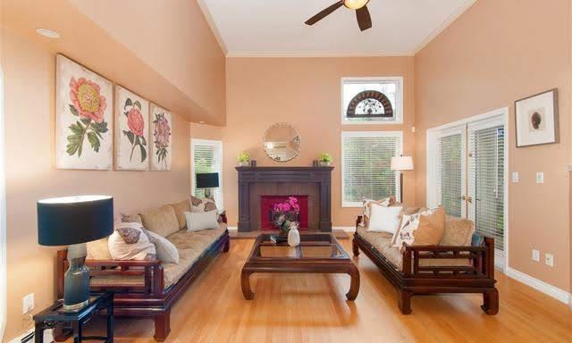 4210-nautilus-close-living room
