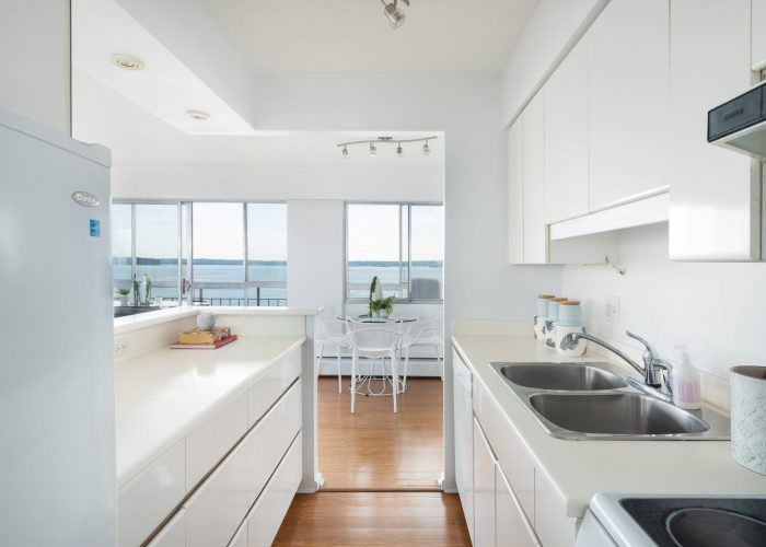 405-150-24th-Street-West-Vancouver-360hometours-14