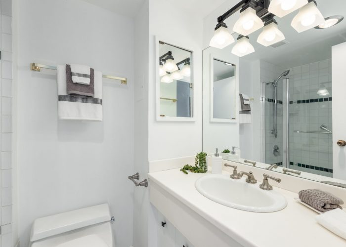 405-150-24th-Street-West-Vancouver-360hometours-18